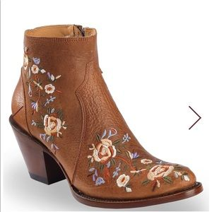 Shyanne floral embroidered booties. Size 8 1/2.